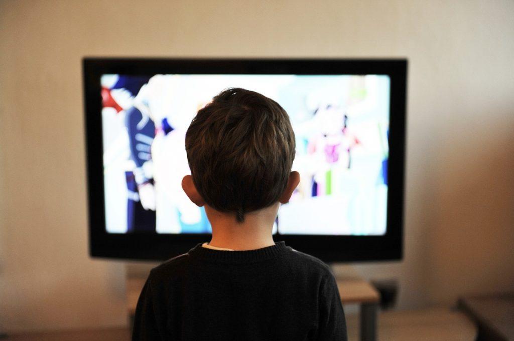 La televisión, primer síntoma de detección de pérdida auditiva